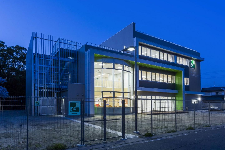 東海市立養父児童館・東海市立健康交流の家複合施設
